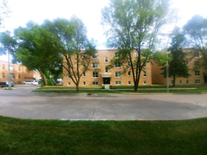 URGENT August 1 Apartment St. Boniface