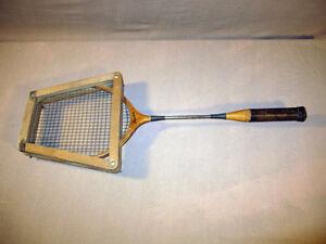 Badminton Racquet-Racket and head press! Campbell #51