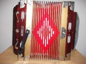 Accordion 4 Stop Mint Condition