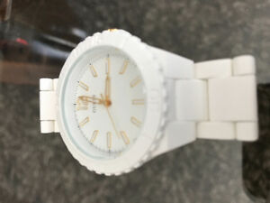 White & Gold Guess Watch