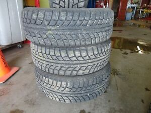 4 WINTER TIRE 195/65/R15 95% TREAD ( RADIAL) Kitchener / Waterloo Kitchener Area image 2