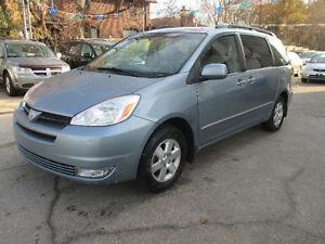 2004 Toyota Sienna leather/sunroof Minivan, Van