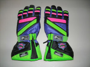 SNOWMOBILE GLOVES*******BRAND NEW NEVER WORE******