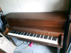Willis Co piano