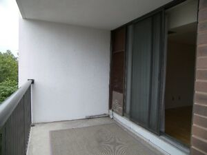 Spacious 2 Bed + Den the Heart of Downtown, Utilities Included! Kitchener / Waterloo Kitchener Area image 10