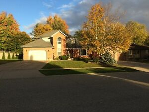 Beautiful 2 storey home with large yard in Tavistock