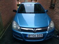Vauxhall Astra 1.6 petrol mot till December good conditions