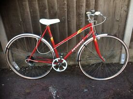 PEUGEOT LADIES BIKR RED SUPERB CONDITION SIZE 54CM