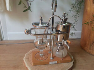 4 CUP SYPHON COFFEE MAKER (brand new)