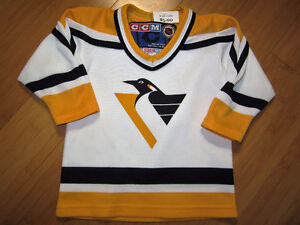 NHL - Pittsburgh Penguins Jersey - Size 24 Mths