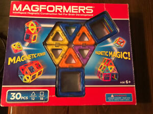 Magformers- 30 piece set-Gently Used (No missing pieces)