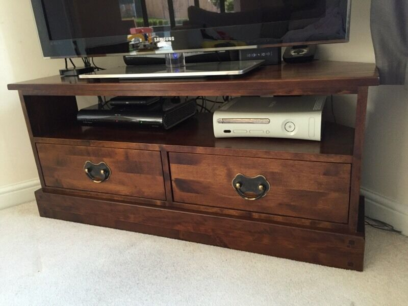 laura ashley garrat corner media unit in basingstoke. Black Bedroom Furniture Sets. Home Design Ideas