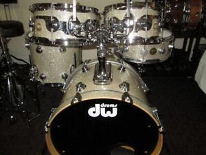 DW. Drum Workshop Collectors Drum Kit, Gold badge. Like New.