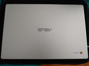 LNIB Asus C523na Chromebook