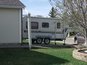 Clean Fifth Wheel for Sale