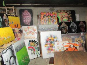 Grand nombre de Tableaux, Toiles, Peintures et Fresques