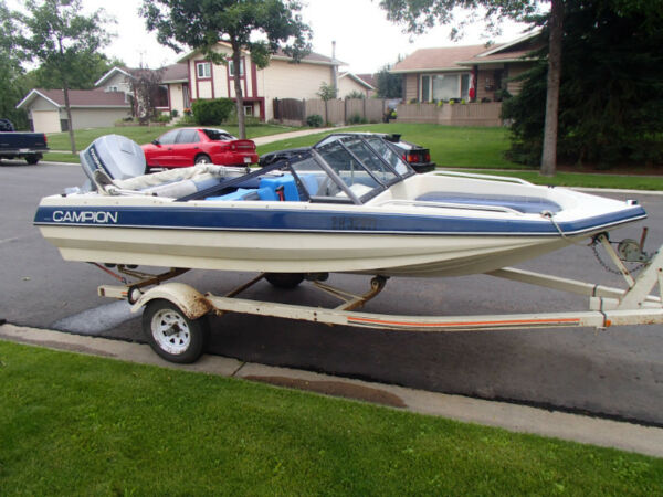 Used 1985 Campion Open Bow/ Fishing Boat