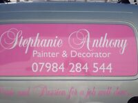 Qualified female Painter & decorator