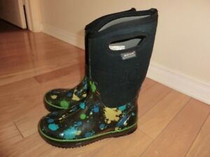 Bogs Winter Size 5 Youth
