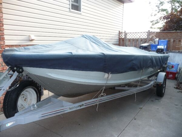 Used 1989 Lowe Boats Sea Nymph fishing boat