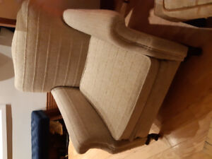 Lovely antique couch and chair good condition