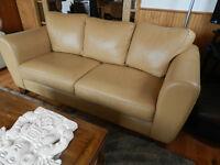 Sofa couleur caramel