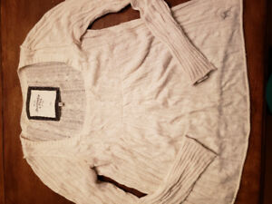Ladies Abercrombie & Fitch sweater