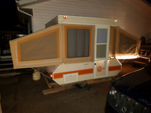 1981 Bonair Pop Up Tent Trailer. Sleeps up to 6