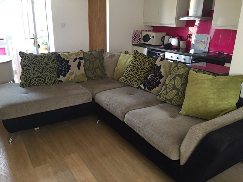 Green Corner Sofa Holly Right Hand Chaise In Deep