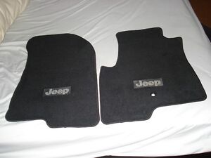 Carpeted Front Mats for Jeep Patriot