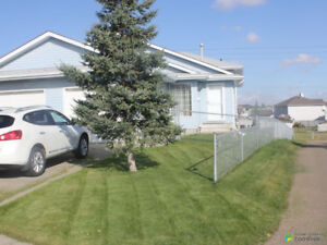 Hollick-Kenyon Duplex, For sale by owner. REDUCED