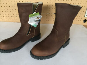 Brand New AUCLAIR martins Boots, size 9