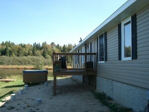 WATERFRONT home on 1.33ac and 1180sq,ft one level floor Windsor Region Ontario image 6