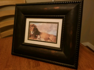 Lion and lamb picture