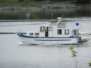 For Sale 33 ft Trawler Pleasure Cruiser