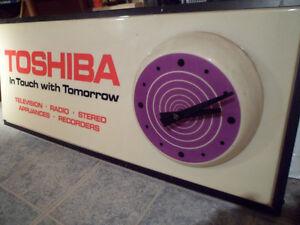 Vintage  Toshiba Advertising Clock Kawartha Lakes Peterborough Area image 3