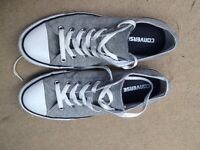 Men's size 8 grey converse