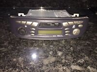 Nissan Almera Tino stereo