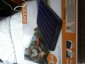 Brand new, never used twin air mattress.