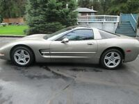 1999 Chevrolet Corvette Coupe (2 door)