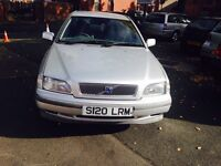 VOLVO S40 5 DOOR SALOON AUTOMATIC LOW MILES ONLY COVERED 86k only ££395