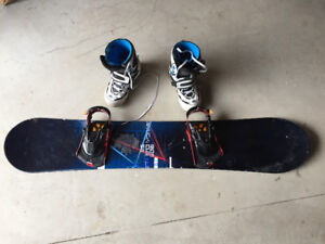 RIDE Cue 152 Snowboard w/ bindings and boots