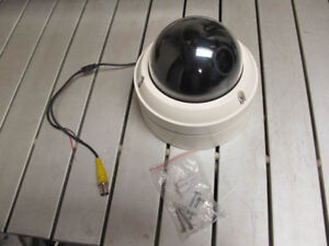 Dome security camera, Vandal proof, High res 550 TV lines Analog