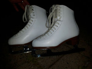 Jackson Figure skates (mold inside for ankle support)