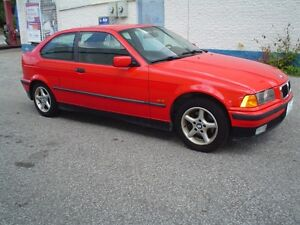 1998 BMW 1-Series 318 ti  only 130 km's,safety&etested