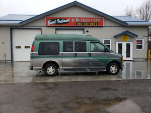 1999 GMC Savana 1500 Conversion Van