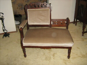 Antique Victorian Settee/Chaise Lounge circa 1860