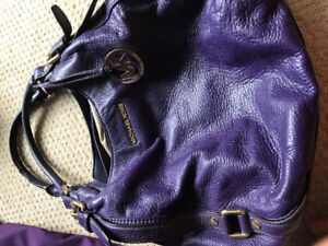 Michael Kors bag for sale: amazong color and condition