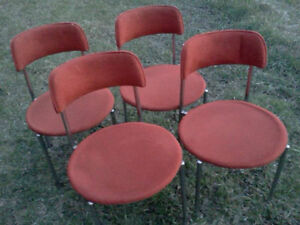 VARIOUS CHAIRS, SETS OF 4, 3, 2 & SINGLE CHAIRS - SOME ANTIQUE Cornwall Ontario image 5