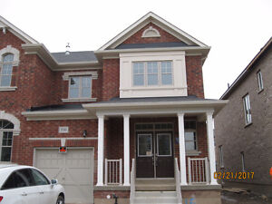 Brand new 4b end-unit townhome for lease in Oakville,